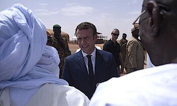 EPA/ Christophe Petit Tesson